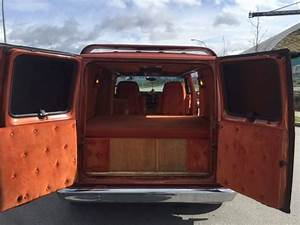 1984 Ford E150 Custom Boogie Van