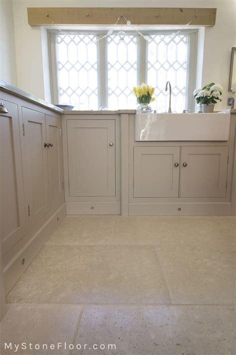 limestone tiles kitchen dijon tumbled limestone tiles and pavers mystonefloor 3806