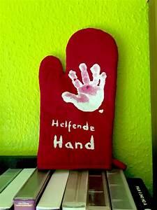 Geschenke Für Eltern Basteln : helfende hand ofenhandschuh basteln mit kindern projekte basteln geschenke basteln mit ~ Orissabook.com Haus und Dekorationen