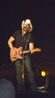24 Best Images About Brad Paisley ♥ On Pinterest