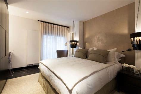 chambre blanche et beige décoration chambre adulte beige