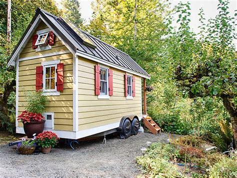 Tiny Häuser Auf Rädern Kaufen by House To Go Ein Minihaus Auf R 228 Dern Tiny House