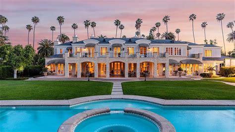 Beverly Hills Traditional Luxury Mansion