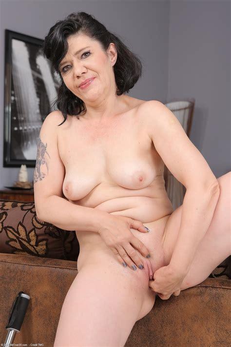 Older Women Porn Photos
