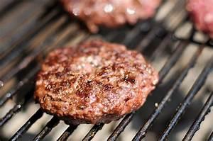 Burger Grillen Gasgrill Temperatur : guide to grilling great burgers serious eats ~ Eleganceandgraceweddings.com Haus und Dekorationen