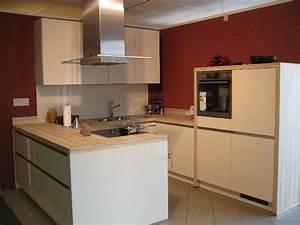 Magnolia Farbe Küche : magnolie kuche farbe magnolia hochglanz interieur ideen ~ Michelbontemps.com Haus und Dekorationen