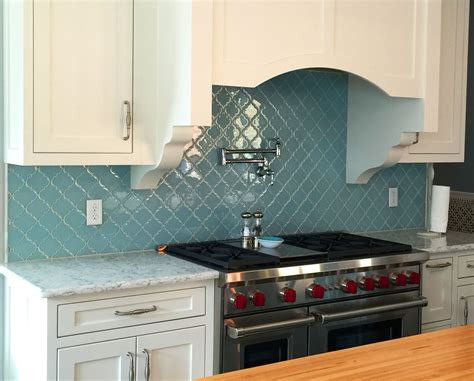 Arabesque Tile Backsplash : Vapor Arabesque Glass Tile Kitchen Backsplash