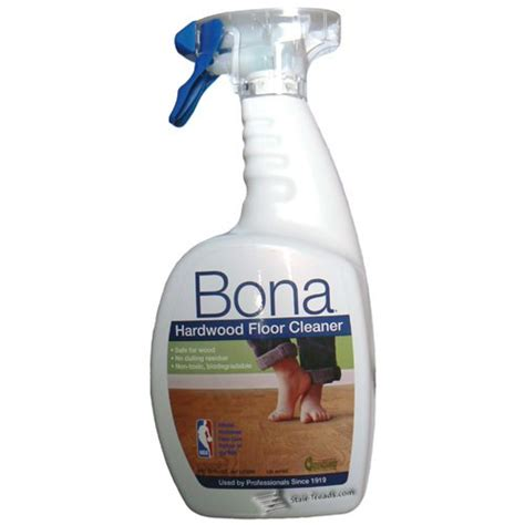 bona floor cleaner bona hardwood floor and stair tread cleaner 32oz spray