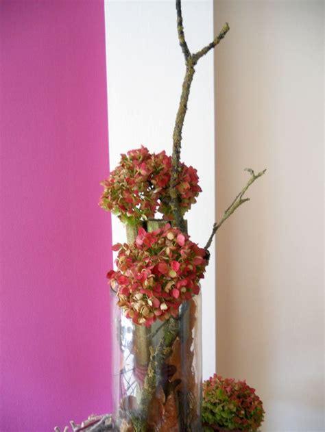 pader deko perle herbstdeko basteln mit hortensien naturmaterial