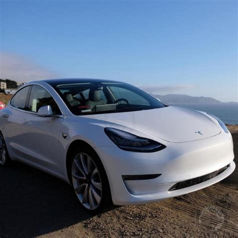 Bmw Enthusiast by Longtime Bmw Enthusiast Claims Tesla Model 3 Performance