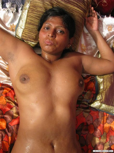 Plump Indian Chick With Flabby Tits And Ass Blows Hard Dick And Gets Tittyfucked