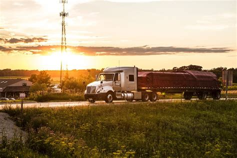 roehl transport jobs flatbed at sunset roehl transport office photo