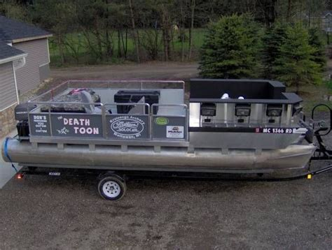 Bowfishing Boat Pontoon by 17 Best Images About Bow Fishing Boat On