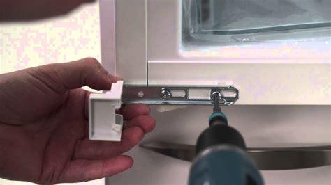 Kühlschrank Door Eiswürfel by Built In Converting A Sliding Door To A Fixed Door