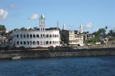 By the port: Friday mosque (Moroni, Comoros)   Flickr ...