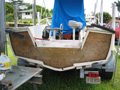 Boat Transom Replacement Cost by Gw Transom Pourin Or Wood The Hull Boating And