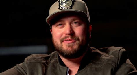 Country Singer Mitchell Tenpenny