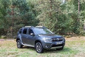 Dacia 2017 : dacia duster specs 2013 2014 2015 2016 2017 autoevolution ~ Gottalentnigeria.com Avis de Voitures