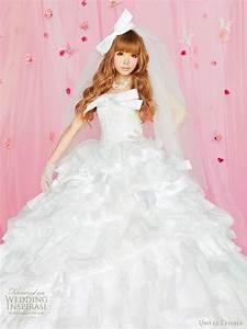 uno et letoile wedding gowns 2010 wedding inspirasi With etoile wedding dress