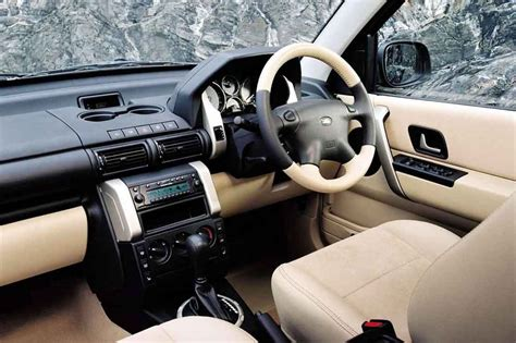 land rover freelander interior land rover freelander 2005 image 5