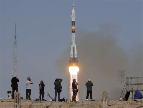 Russian Space Rocket Fails In Mid