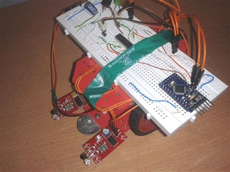 Electronic Circuits Projects Make Line Follower