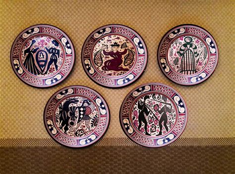 tuscan decorative wall plates painted set of 5 italian wall plates craft shops india