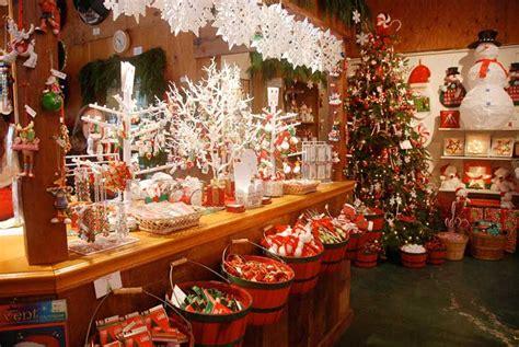 gift shop   hills christmas tree farm