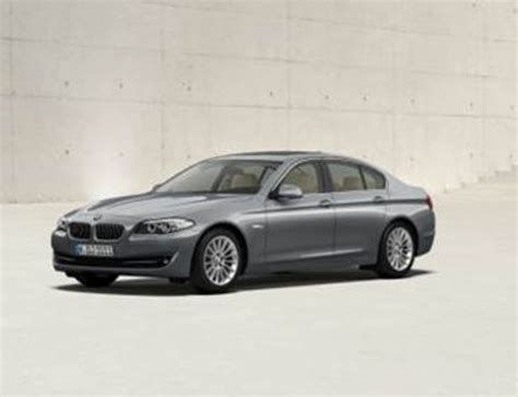 Gambar Mobil Bmw 5 Series Sedan by Bmw 5 Series Sedan 2013 530i In Uae New Car Prices Specs