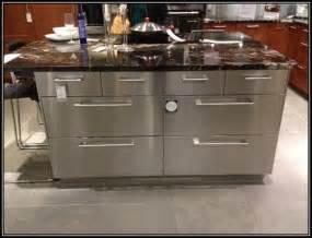stainless kitchen island stainless steel kitchen island on wheels kitchen home decorating ideas 5rmnrvkmdj