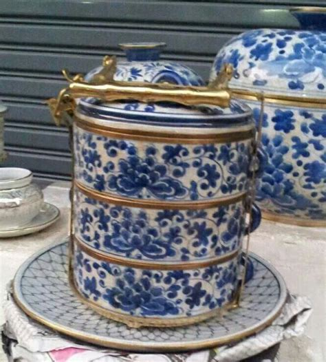 Blue   white Peranakan style tiffin carrier.   The