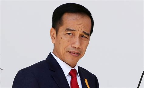 Indonesia Jokowi Seeks Address Poverty Problems With