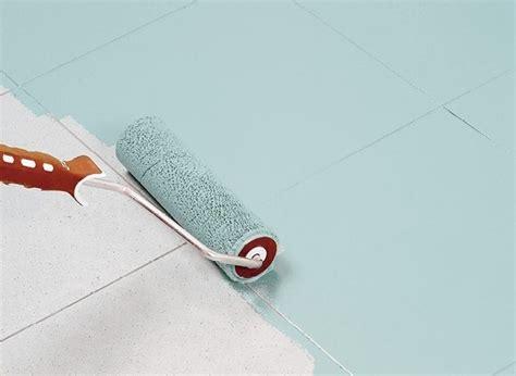 vernice per piastrelle ceramica 5 consigli per rinnovare i pavimenti con la vernice casa