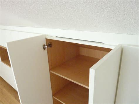 einbauschrank schlafzimmer dachschräge einbauschrank in dachschr 228 ge und eiche korpus home in