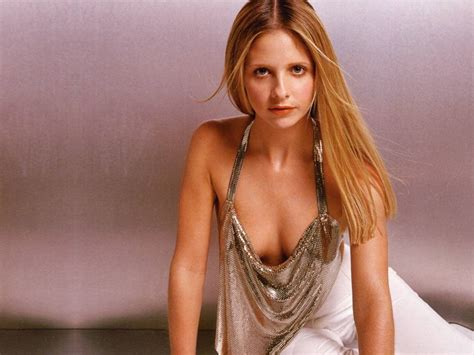 Fhm Images Fhm Sarah Michelle Gellar Hd Wallpaper And Background Photos