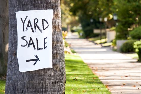 Backyard Sale by Beyond Craigslist 10 Marketplace Apps For Selling Your Stuff