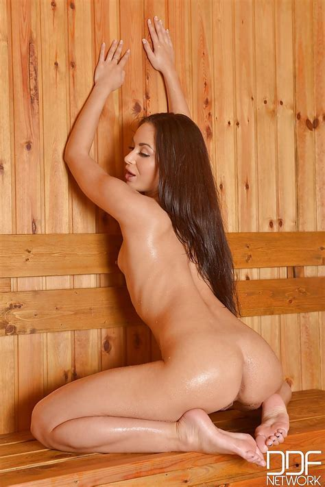 Aurelly Rebel Teases Her Oiled Pussy And Ass While In Sauna Pornpics Com