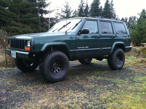 jeep cherokee green 2000 rangerdanger69 2000 jeep cherokeeclassic sport utility 4d