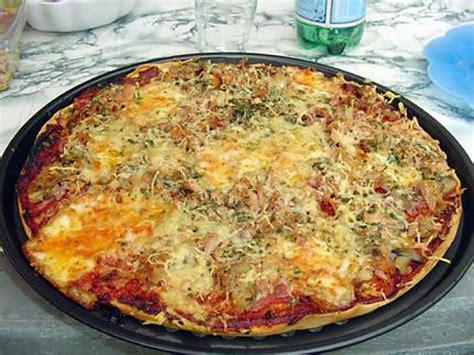 pates cuisin馥s pate a pizza map 28 images p 226 te 224 pizza 224 la map le de chantal76 p 226 te 224 pizza au thym les recettes de bobette les meilleures