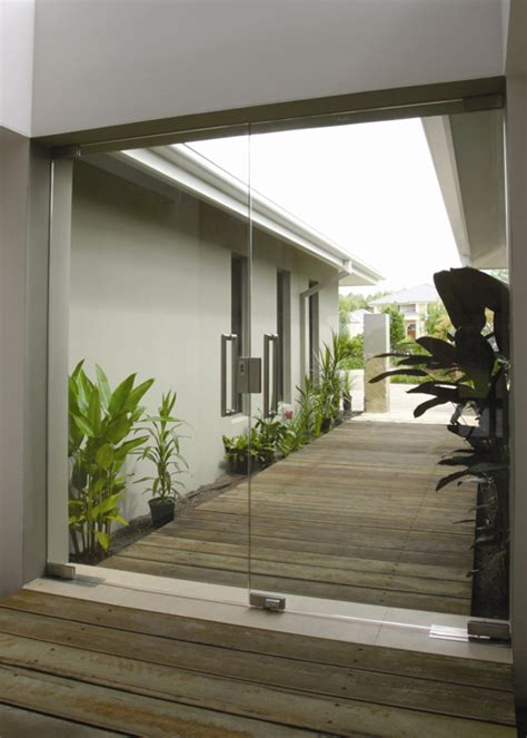 sliding shower doors frameless glass doors in melbourne frameless impressions