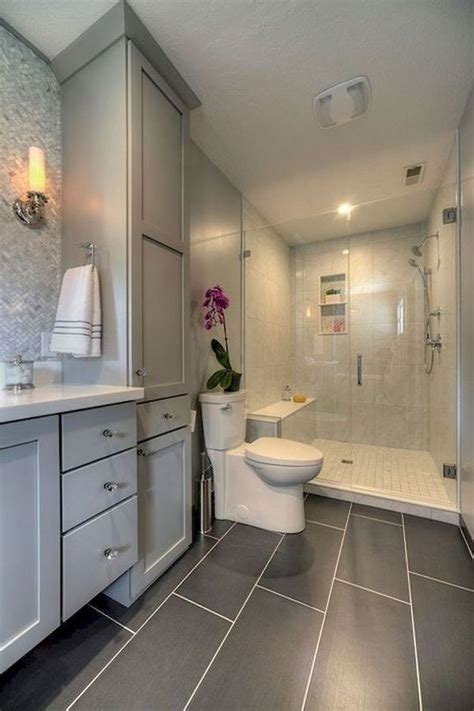 Bathroom Remodel Small by Best 25 Small Bathroom Remodeling Ideas On