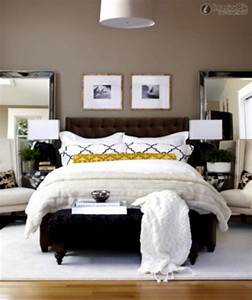 simple bedroom decorating ideas for women With simple bedroom decorating ideas for women