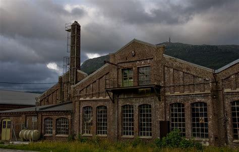 scary haunted  brick building brick front    tr flickr