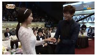 With the growing success behind his drama    The Heirs    and many      Park Shin Hye Boyfriend Real Life 2017