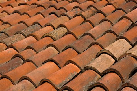 3 important differences between roofing tiles shingles