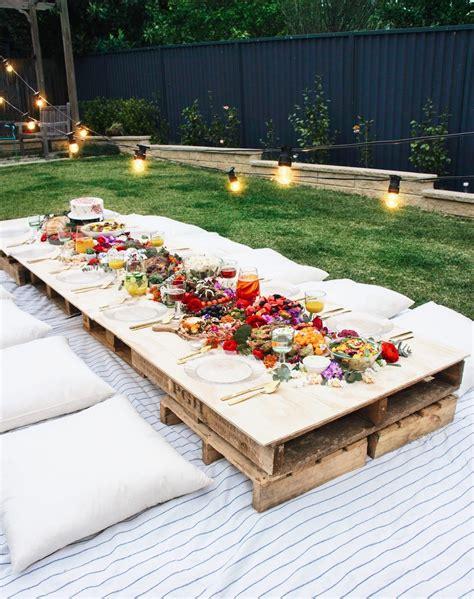 backyard party ideas   relaxing  luxurious