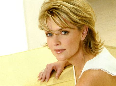 amanda tapping sexy amanda tapping hot pictures photo gallery wallpapers