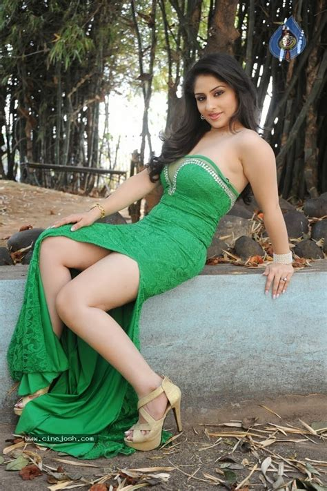 Nude Indian Girls And Bhabhi Pictures ANKITA SHARMA SOUTH INDIAN ACTRESS BOOBS SOUTH INDIAN
