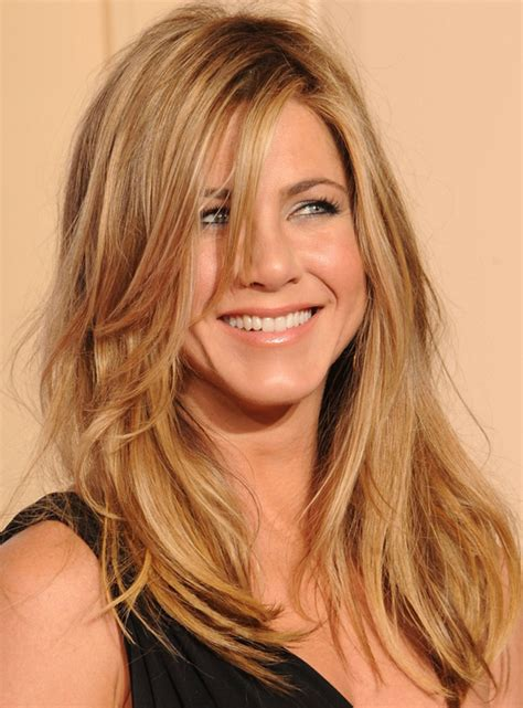 15 Evolutions of Jennifer Aniston Hairstyles – HairStyles ...