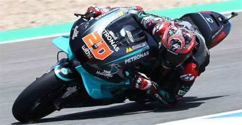 You will be able to enjoy more realistic physics, where you will have to learn to monitor your tire wear and the braking system. MotoGP: Stats Behind Quartararo's First 20 Races - Roadracing World Magazine | Motorcycle Riding ...